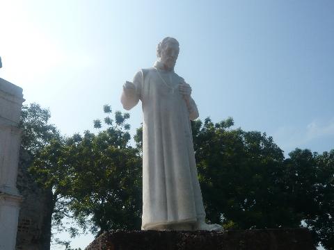マラッカ 市街地 教会 ザビエル像
