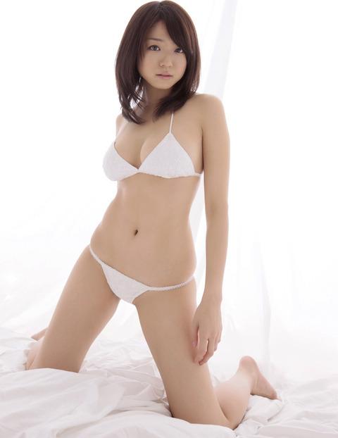 中村静香(Fカップ) 042