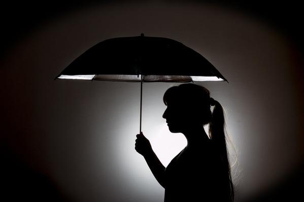 umbrella-783685_1920