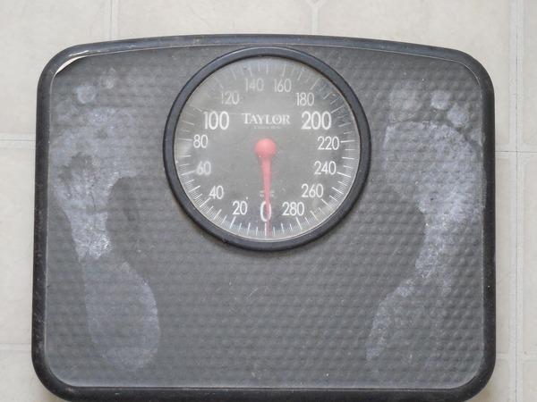 weigh-689873_1920