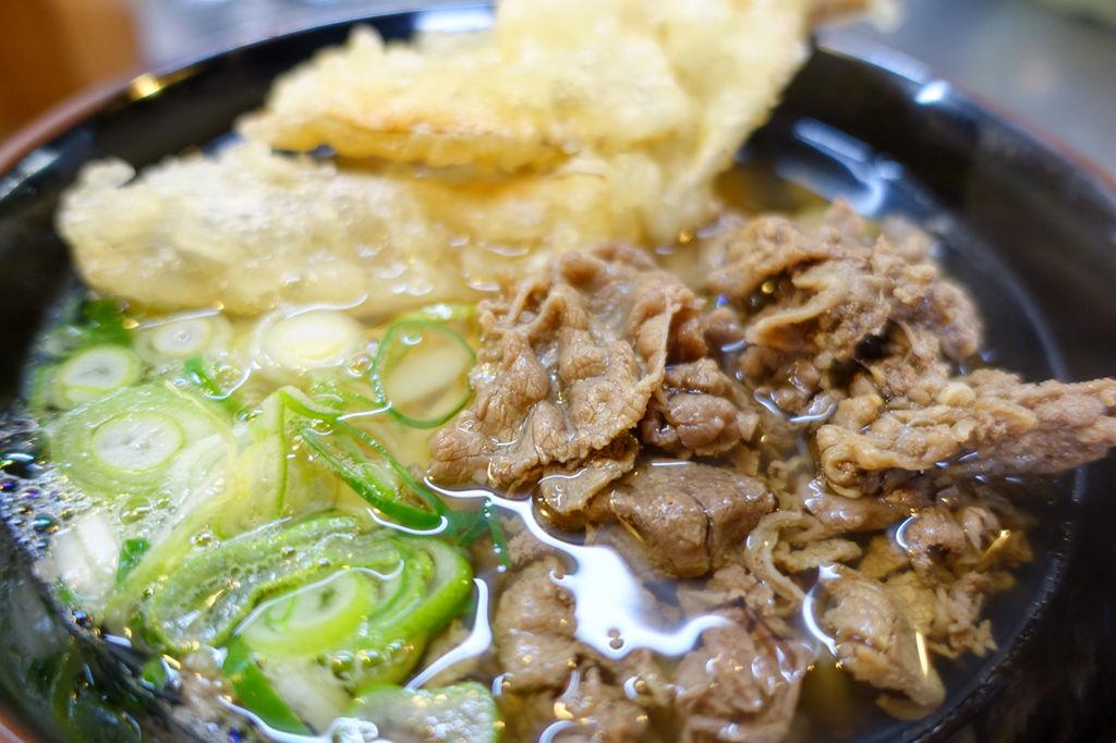 タモリが愛した博多のゴボ天「うどん平」はやっぱり美味い