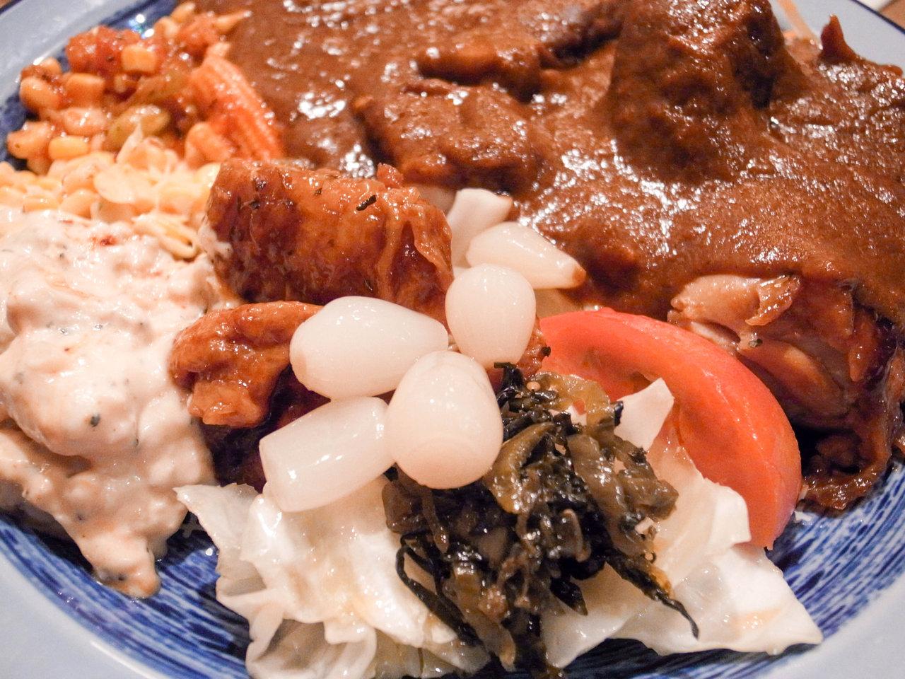 「もうやんカレー246」渋谷の食べ放題ランチはここが最強