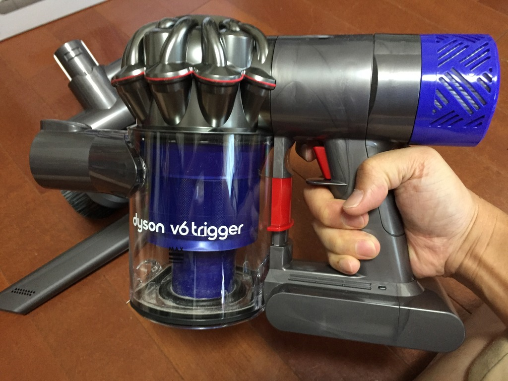 自腹で買ったダイソンのハンディクリーナー「Dyson V6 Trigger」が想像以上だった