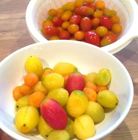 冷凍ミニトマトの湯むき