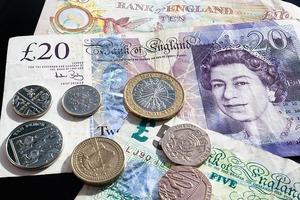 pound-414418_640