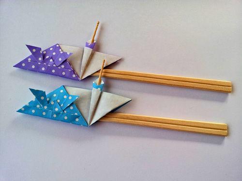 すべての折り紙 ペンギン 折り紙 折り方 : 鶴タワー、ペンギン、兜の箸袋 ...