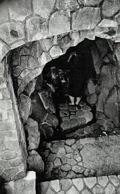 旧温泉にある炭酸泉(昭和39年)小