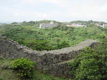 中城城跡の石積み
