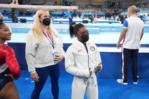 29olympics-briefing-biles-tweet-superJumbo