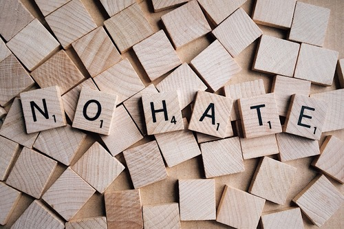 no-hate-2019922_1280