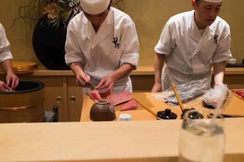 1流寿司職人「1年目は皿洗い、3年目で卵を焼き、5年目からようやく寿司を握らせる」