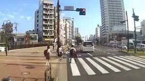 なんj民「吉澤ひとみに轢かれた被害者を助けなかった通行人はおかしい!」←これ