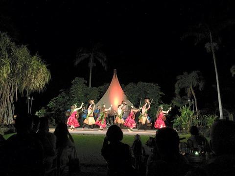 ポリネシアダンスショー