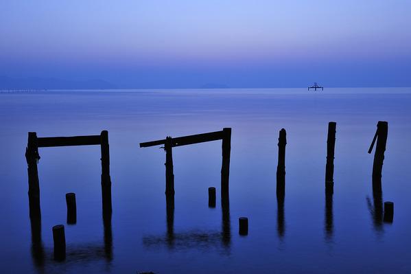 湖面の静けさ