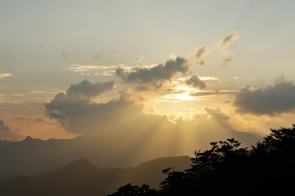 大台の夕陽
