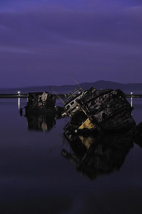 朽ちゆく船(大根島 2)
