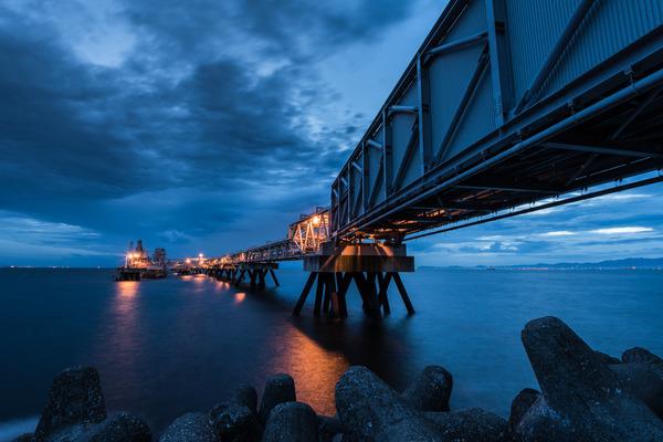 夕刻の海岸