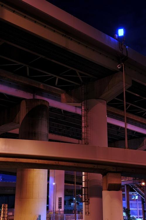 高架下の空間4