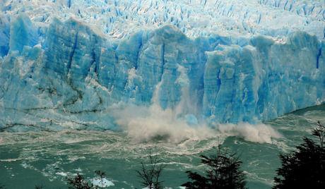 氷河 露の声
