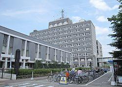 Amagasaki_City_Hall