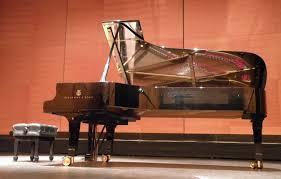 ピアノが編成にある管弦楽のおすすめ曲