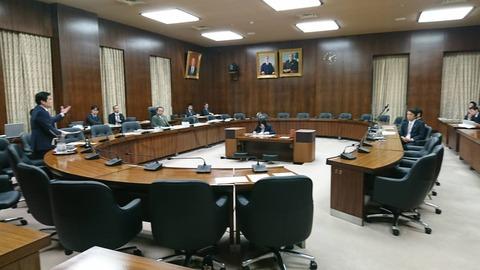 180223予算委員会分科会質問02
