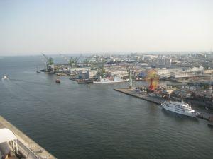 port (7)