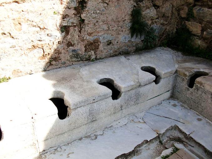 ローマ帝国時代 トイレ