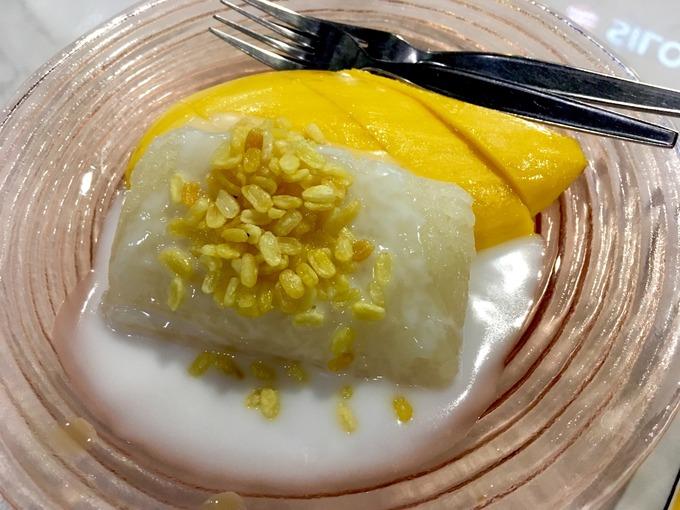 カオニャオマムアン マンゴーともち米のココナッツソース