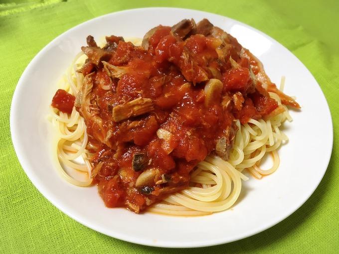 トマトソースツナパスタ
