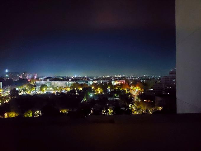 タシュケント 夜景