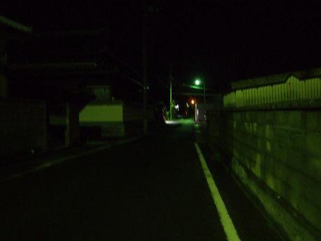 直島 夜道