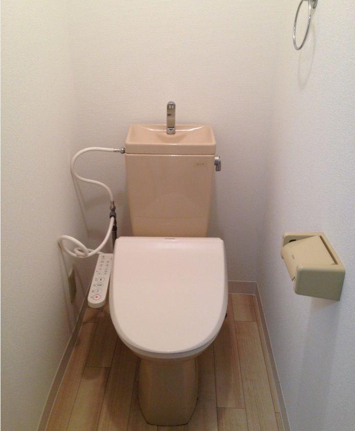 105トイレ640