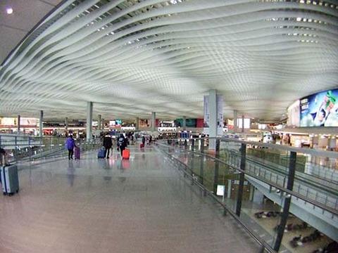 z2016_0126_1050_DSCF3203香港国際空港