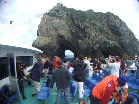 【ニュージーランド】岩の洞窟クルーズ