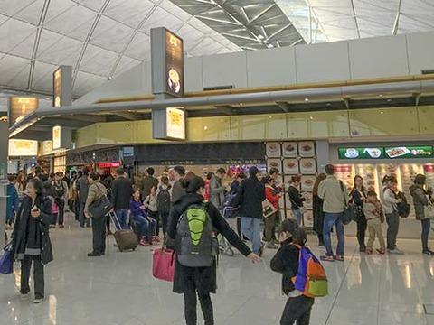 z2016_0126_1253_IMG_0961香港国際空港