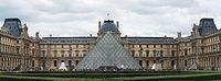 300px-Paris_July_2011-27a