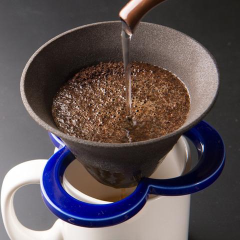 アメリカで話題、バター入りコーヒー 脳活性化やダイエットに効果との声も