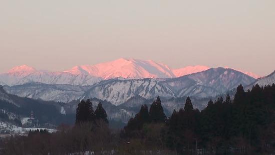 20140127165326(2)夕日の飯豊山