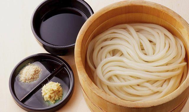 丸亀製麺の代表的なうどんメニューオススメの食べ方|釜揚げうどん