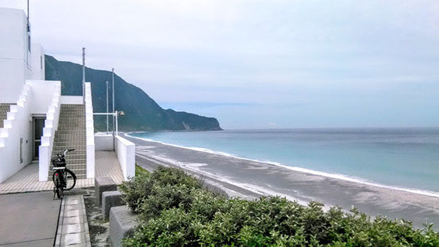 新島と式根島(新島村)は観光と漁業の島