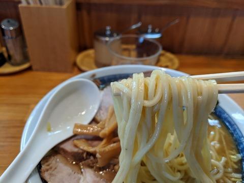 としおか 麺