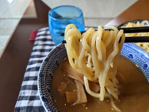 麺彩房 麺