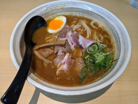 麺屋NOROMA 肉カレー鶏そば