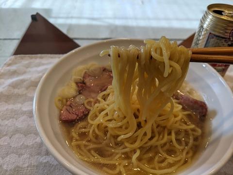 〇恵中華そば 麺