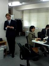 金髪スーツのK忠さん。やはりちょっと普通じゃないですね。
