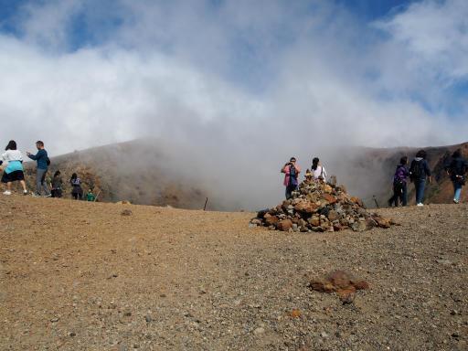 201080617・磐梯旅行記9-05・すぐ山頂