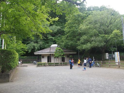 20170604・武蔵村山の秘密基地1-05・トイレ