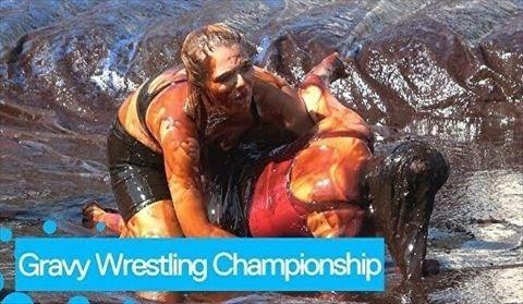 【エロ注意】女子の泥レスとかいうエチエチなスポーツ競技wwwwwwwwww