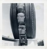ロイヤル タイヤ写真